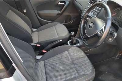 VW Polo Sedan 1.6 TDi COMFORTLINE 2015