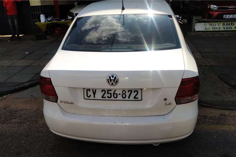 VW Polo Sedan POLO 1.4 COMFORTLINE 2011