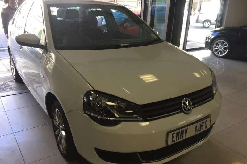 VW Polo Sedan POLO 1.4 COMFORTLINE 2015
