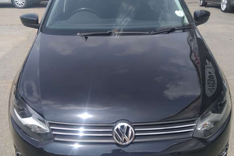 VW Polo Sedan POLO 1.6 COMFORTLINE 2015