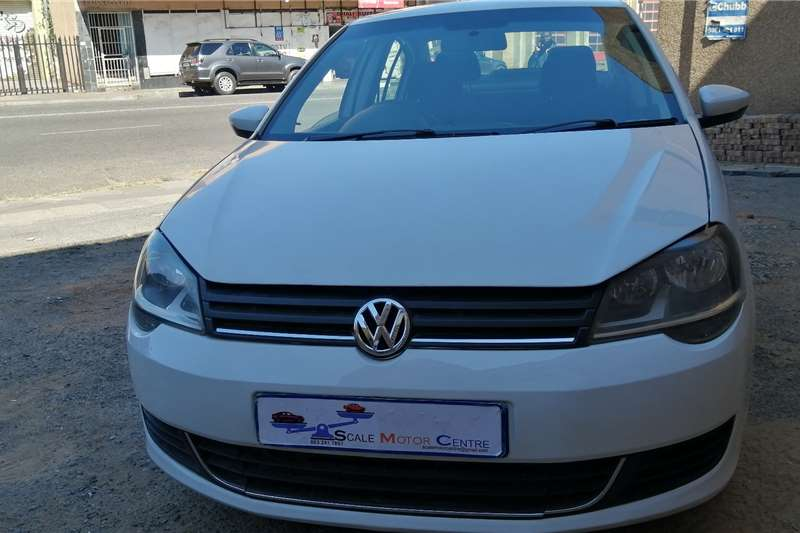 Used 2015 VW Polo Sedan POLO 1.6 COMFORTLINE TIP
