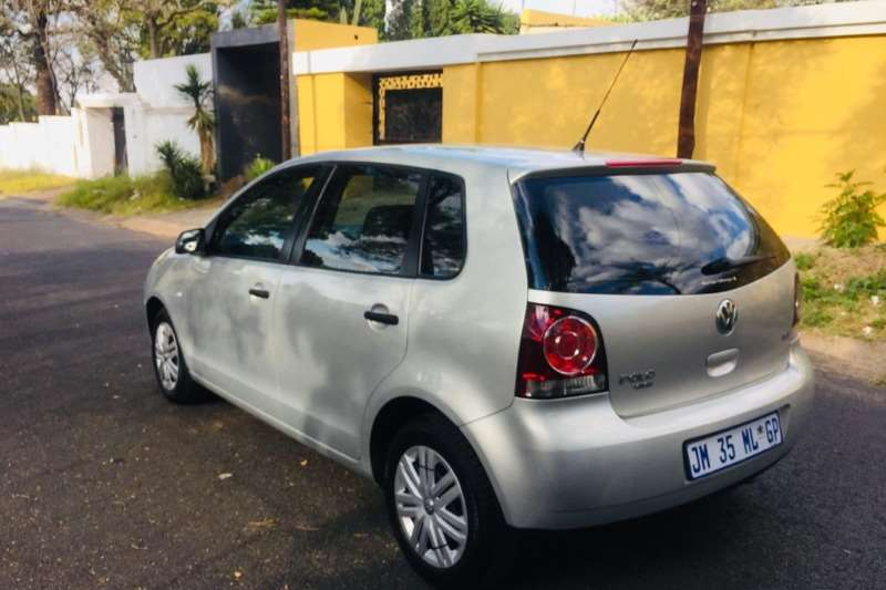 VW Polo Vivo Hatch 5-door 2013