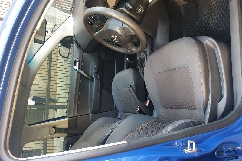 VW Polo Vivo Hatch 5-door POLO VIVO 1.4 TRENDLINE 5Dr 2011