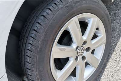 VW Polo Vivo sedan 1.6 2015