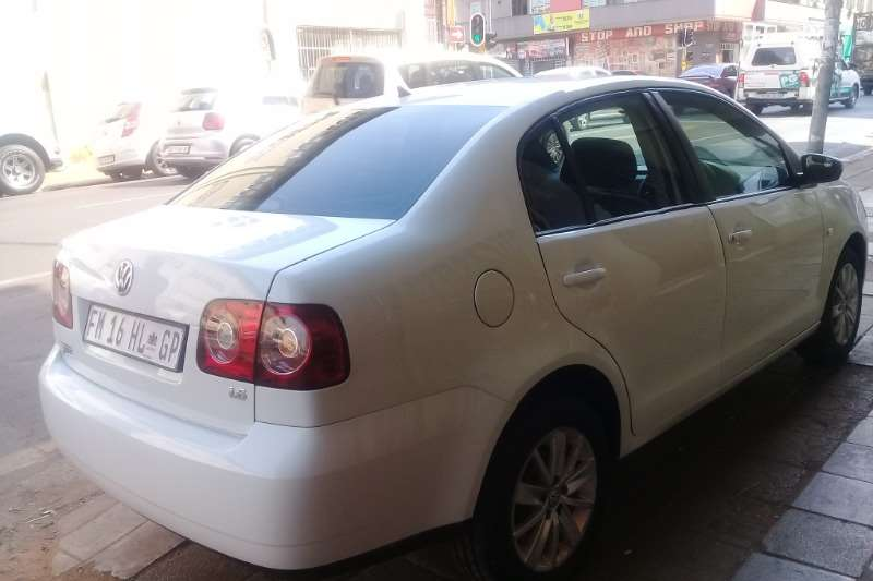 VW Polo Vivo Sedan POLO VIVO 1.6 TRENDLINE 2016