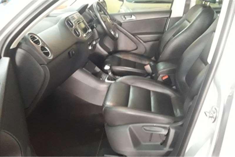 VW Tiguan 2.0TDI Track&Field 4Motion tiptronic 2011