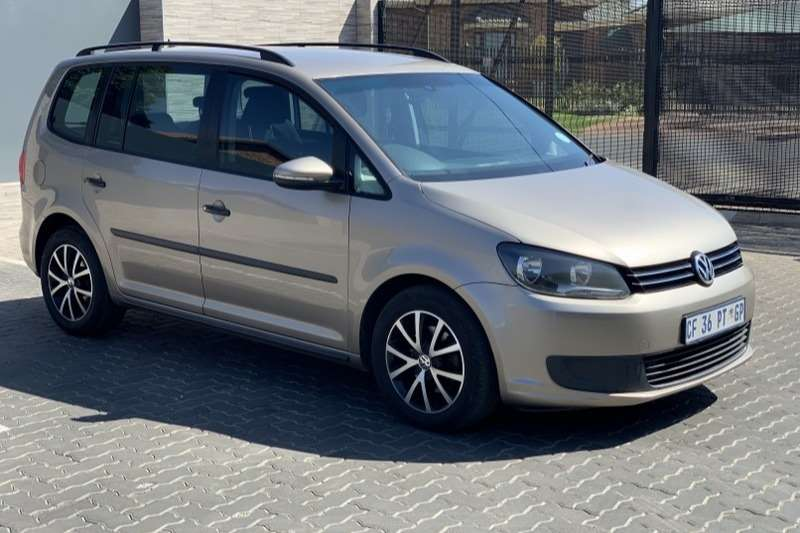 VW Touran 2.0TDI Trendline 2012