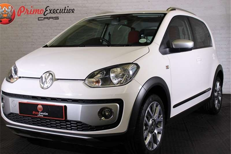 VW Up! cross  5 door 1.0 2016
