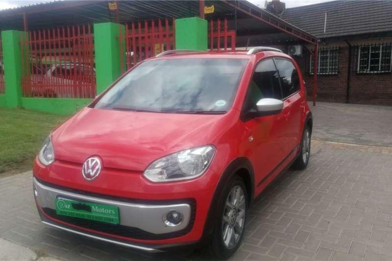 VW Up! cross  5 door 1.0 2016