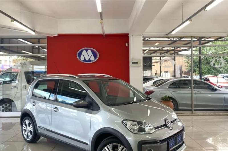VW Up! cross  5 door 1.0 2017