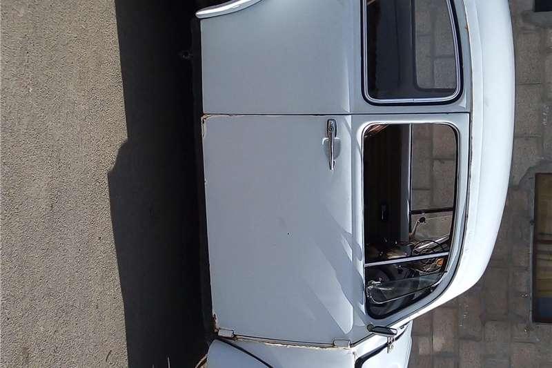 VW Volkiesbus 1972
