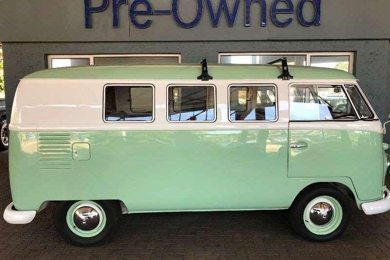 VW Volkiesbus Split Window 1957