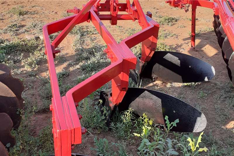 3 and 4 Furrow Frame Ploughs