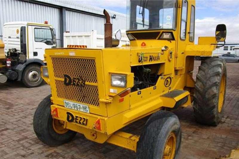 Aco Tractors Dezzi H90 Tractor 2002