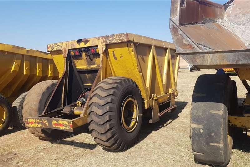 Agri-Quipment Agricultural trailers Tapkar Bottom Dumper