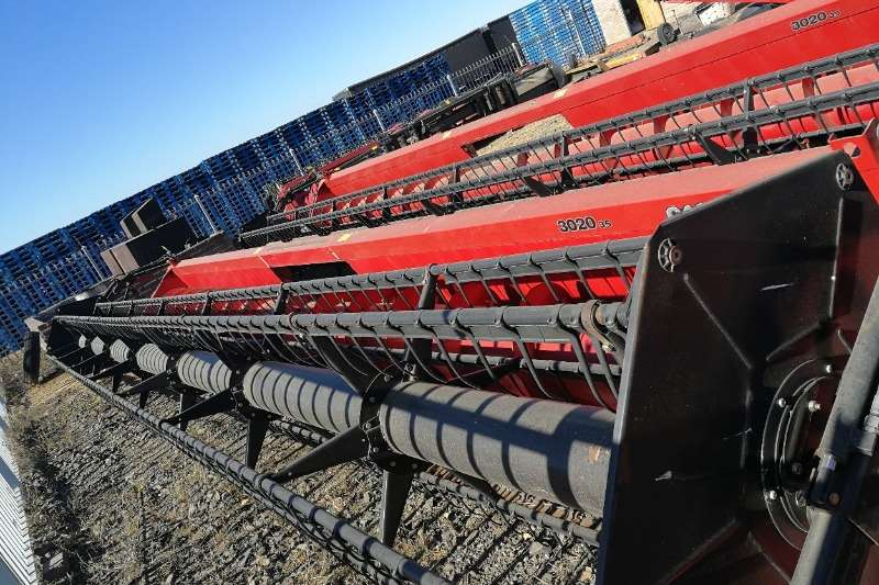Agri-Quipment Other Case 3020 35ft Header 2011