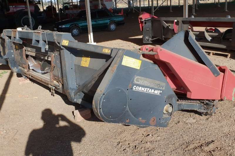 Agri-Quipment Other Geringhoff 6row Header 2002