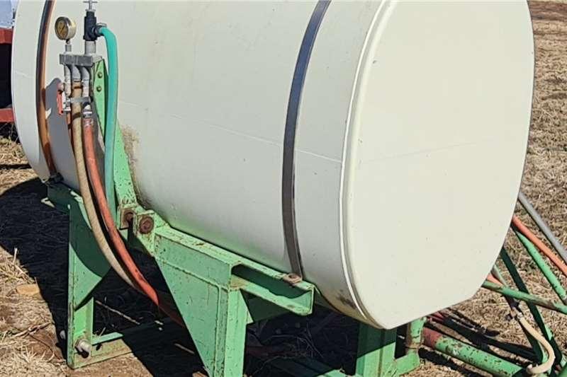 Agri-Quipment Boom sprayers Agrico Boomsprayer Spraying equipment