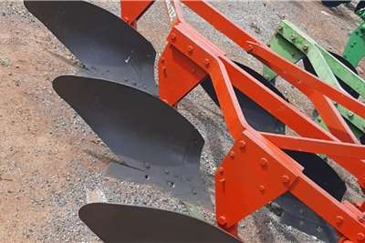 Agrico Ploughs drie skaar raam ploeg rooi Tillage equipment