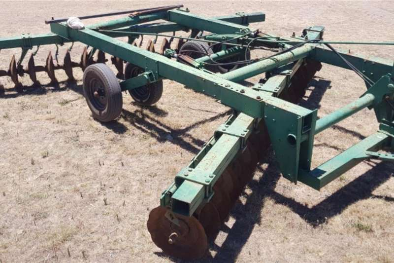 Agrico Tillage equipment Ploughs John Deere 36 Disc Offset harrow