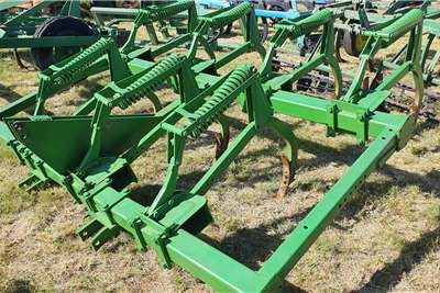 Agrico Rippers 5 tooth riper Tillage equipment