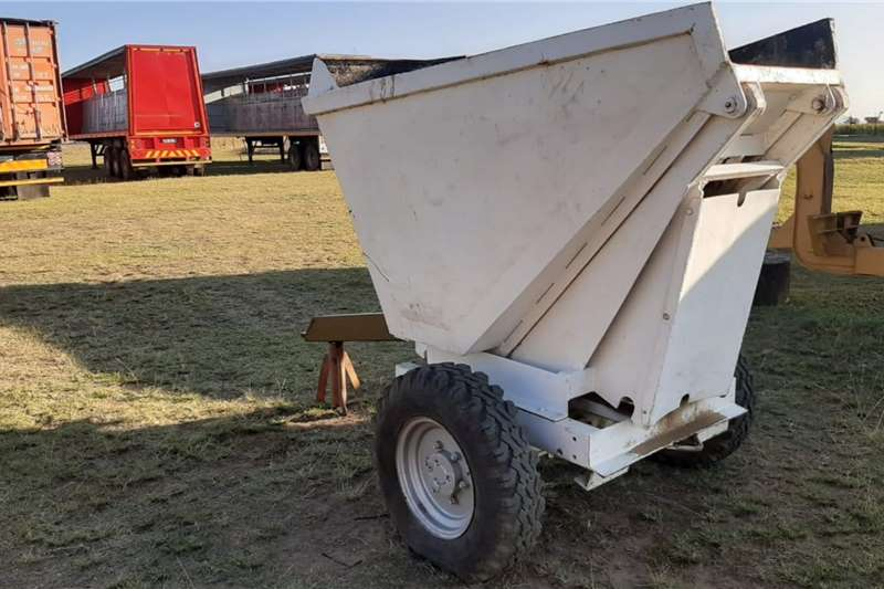 Agricultural trailers 2 Ton Tip Trailer