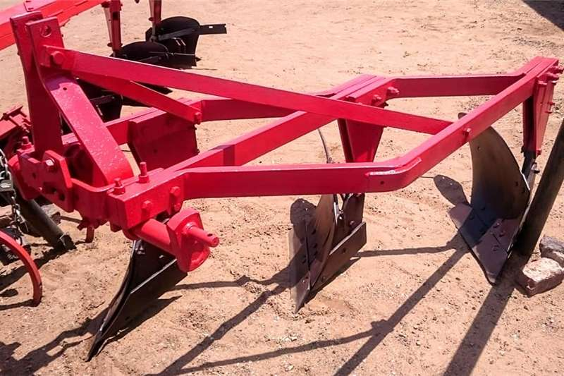 Agricultural trailers 3 Furrow Plough