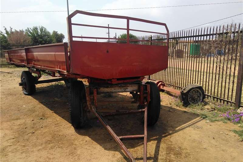 Carts and wagons 8ton trailer with size 20tyres and its been modifi Agricultural trailers
