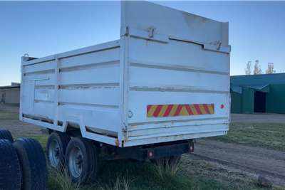 Carts and wagons Kuilvoer Tipwa Silage Tipper Trailer Agricultural trailers