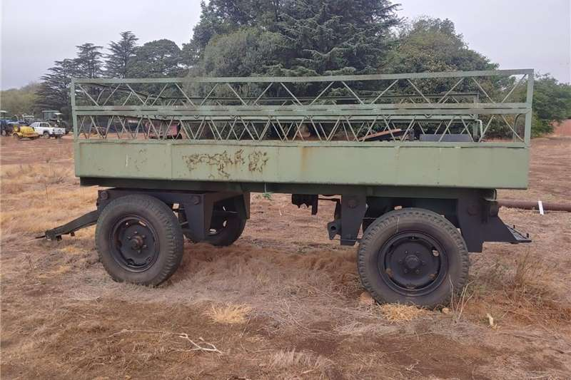 Carts and wagons Trailer farm or water Agricultural trailers