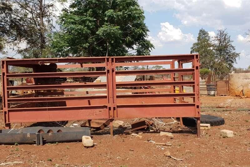 Agricultural trailers Cattle trailers Beestralies 4meterx2meter