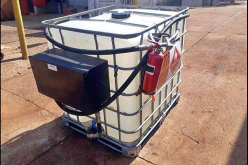 Fuel bowsers 1000L Diesel Tank for Sale Agricultural trailers