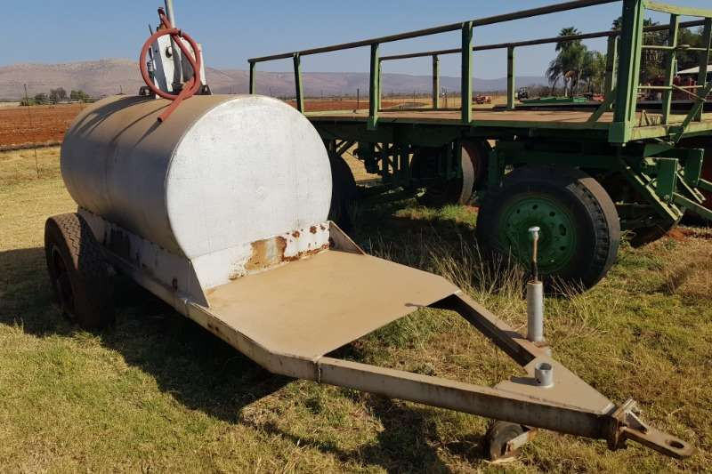 Agricultural trailers Fuel bowsers 3000 litre diesel bowser