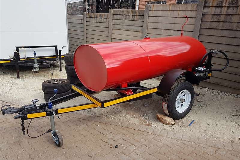Fuel bowsers Custom 1500 Litre Fuel Bowser Agricultural trailers