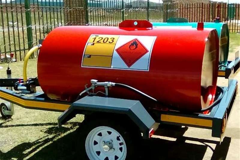 Agricultural trailers Fuel bowsers Diesel Steel Bowser 1000 Litres different colours 2019