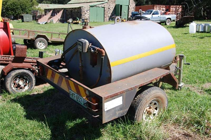 Fuel bowsers Diesel Tank Trailer Agricultural trailers
