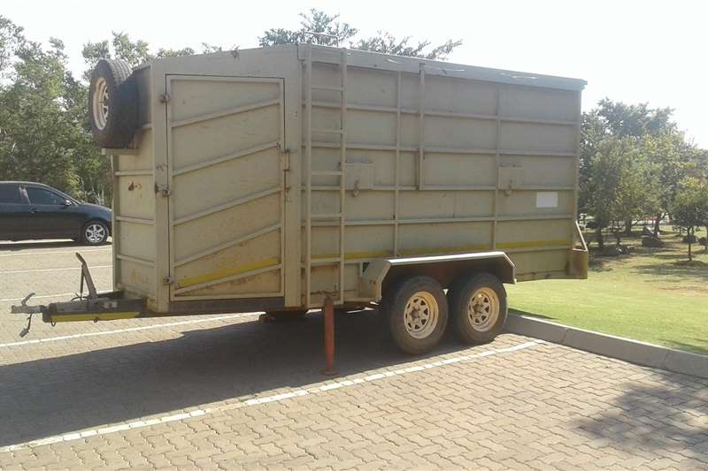Game trailers Game trailer. 4 door. double axle Agricultural trailers