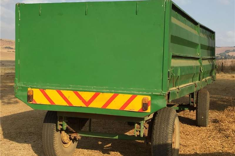 Agricultural trailers Grain trailers Grain trailor