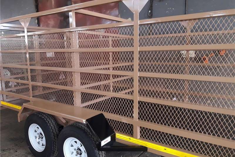Livestock trailers 4m Pig trailers for sale Agricultural trailers
