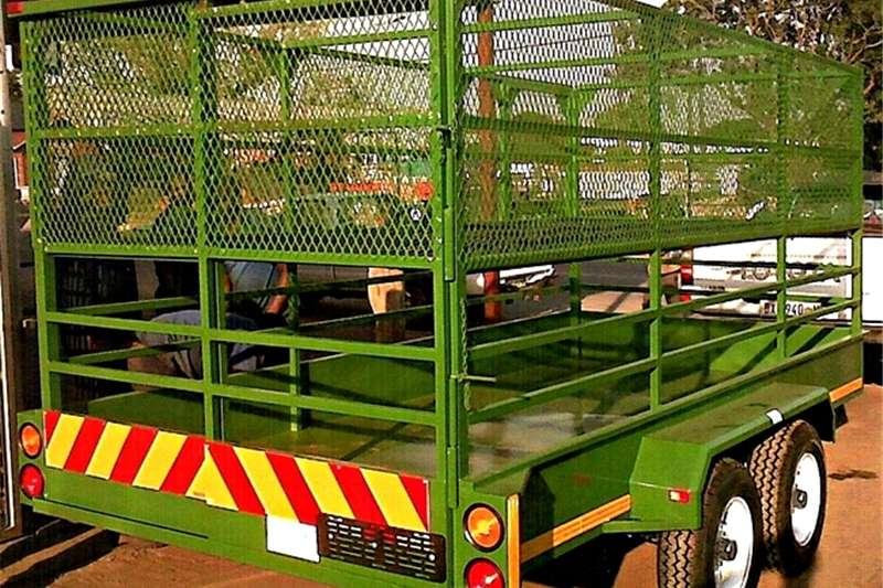 Livestock trailers 5m 3 ton Livestock trailer Dividing gate, walk on Agricultural trailers