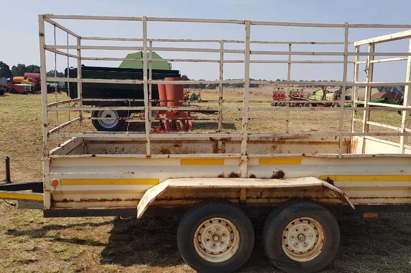 Livestock trailers Cattle trailer with papers Agricultural trailers
