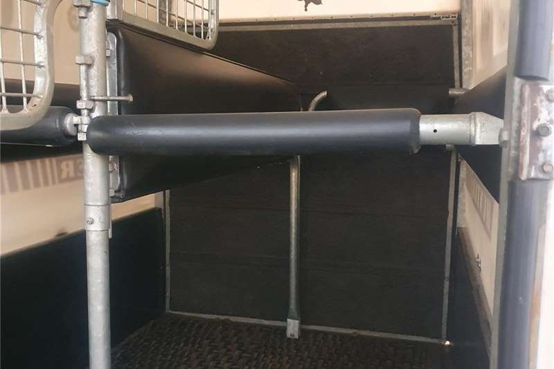 Livestock trailers Crisbox Hunter Agricultural trailers