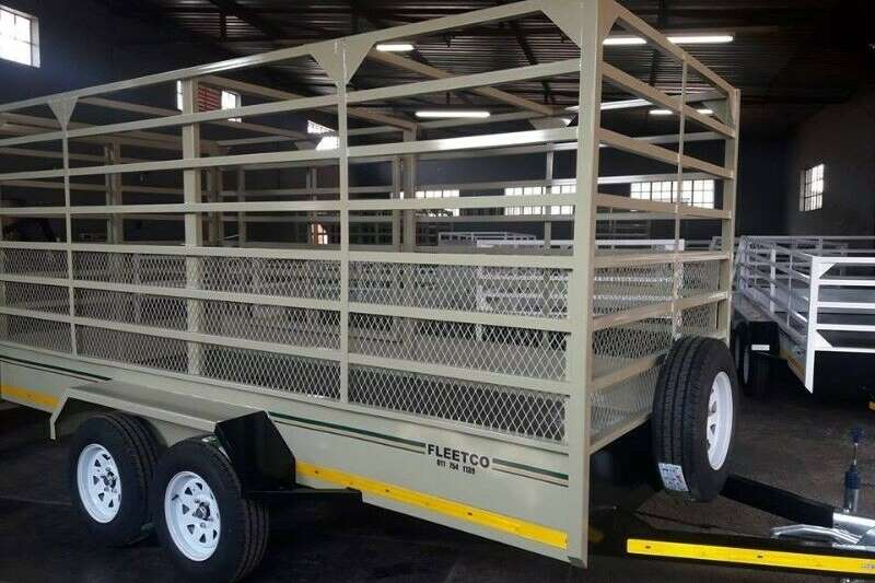 Livestock trailers Double Axle Cattle Trailer 3M Agricultural trailers