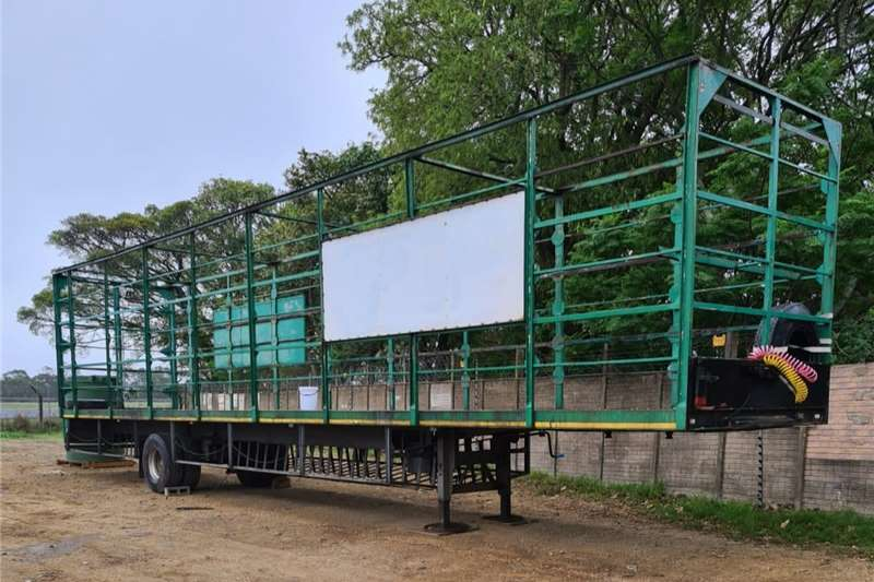 Livestock trailers Large truck trailer for sale Agricultural trailers
