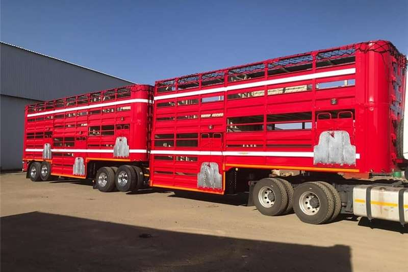 Agricultural trailers Livestock trailers NewTrailord SA Livestock Trailers 2020
