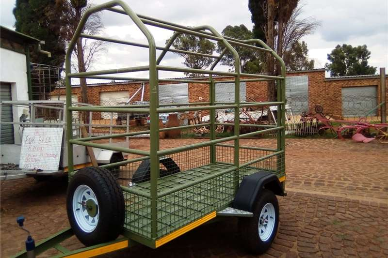 Livestock trailers TRAILER BRAND NEW CUSTOM MADE FOR TRANSPORT OF CAT Agricultural trailers