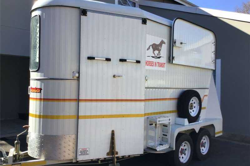 Agricultural trailers Livestock trailers Venter Royal Horse Box