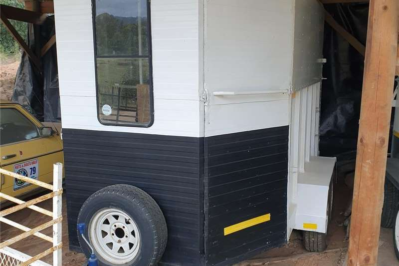 Livestock trailers Wolf 3 Berth Horsebox for sale Agricultural trailers