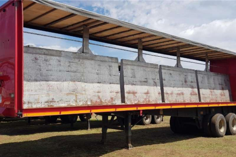 Agricultural trailers Other agricultural trailers Tautliner Trailer Henred Fruehauf Axles