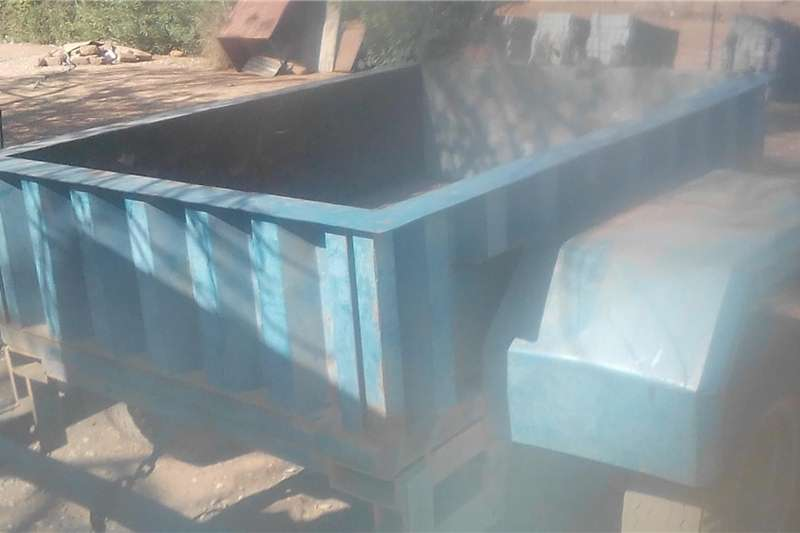 Agricultural trailers Other agricultural trailers Tipper trailer